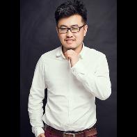 高级设计师 杨成武