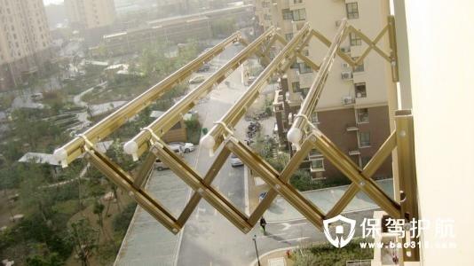 阳台晾衣杆哪一种材质好 安装注意事项