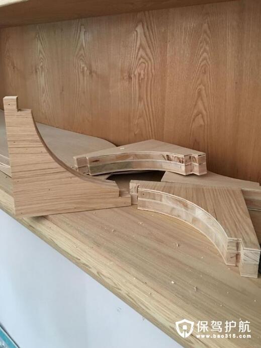 大芯板和实木多层板做衣柜哪个好