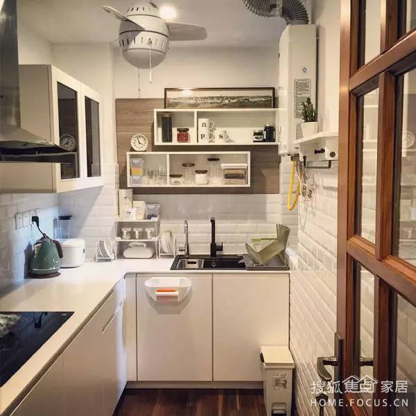 北欧风格厨房装修效果图赏析02整体橱柜要这么配色