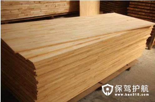 杉木指接板的优缺点和前期刷漆工作