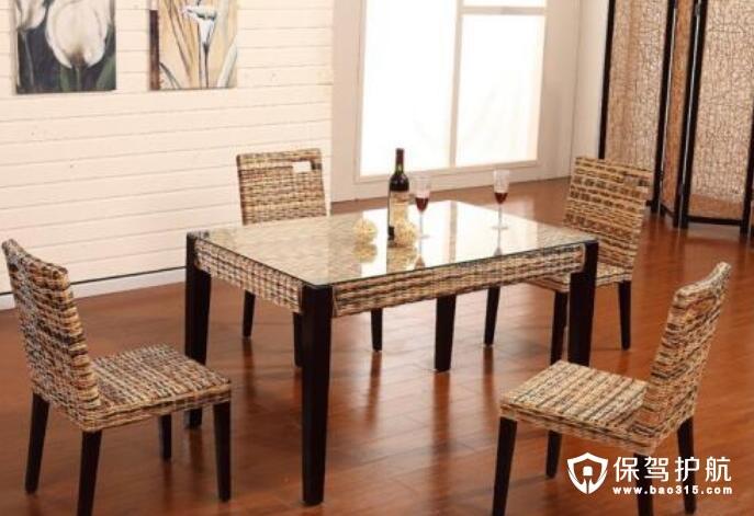 4人餐桌尺寸效果图片