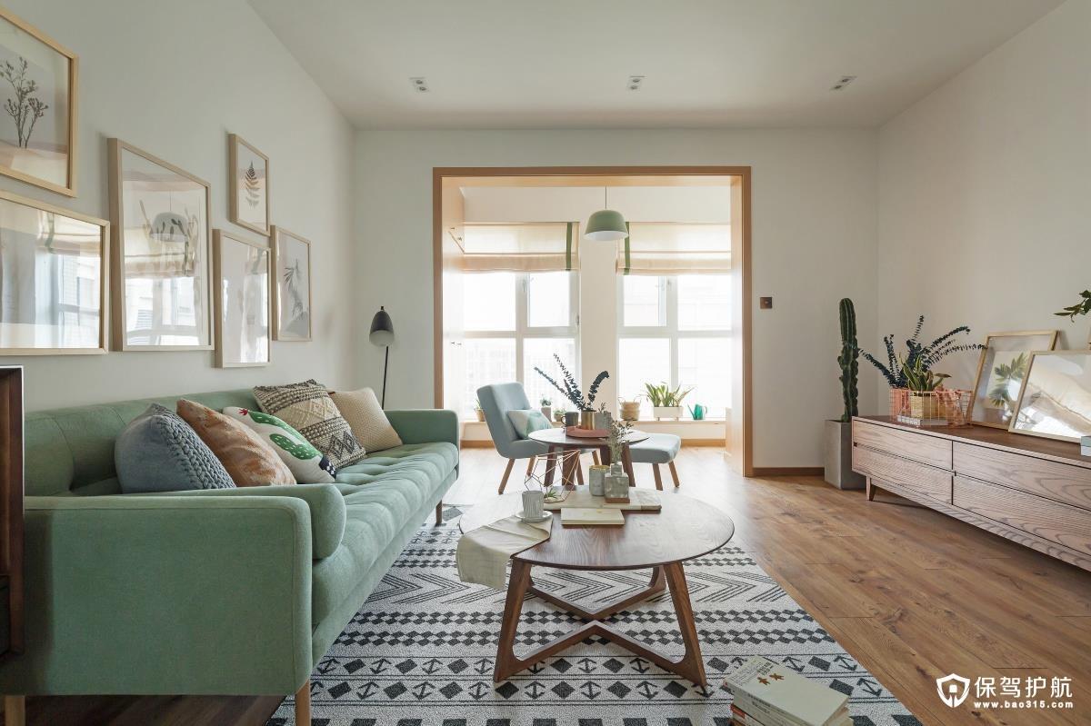 清新绿复古客厅