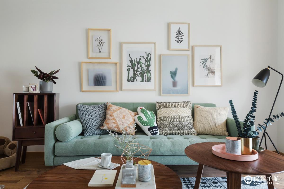 绿色简约复古客厅设计