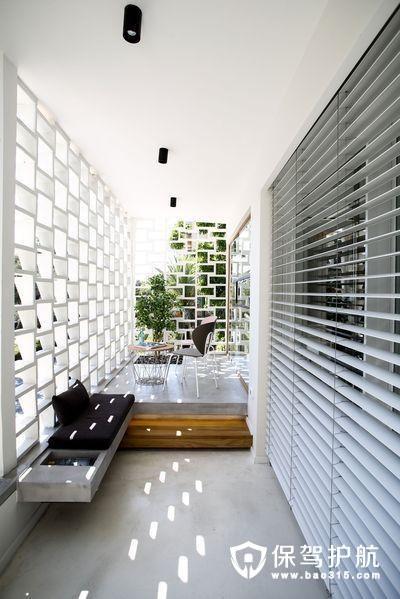 清新白色 阳光阳台设计