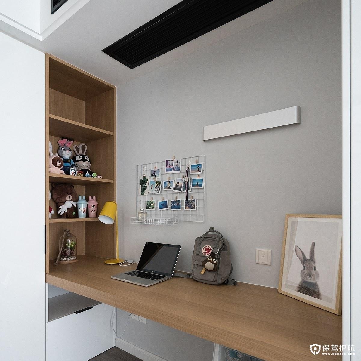简约卧室工作区装修效果图