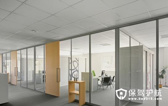 办公室玻璃隔断多厚才好