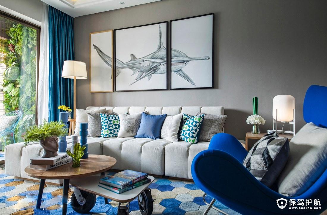 以海洋的蔚蓝为主题颜色的北欧风格客厅装修效果图