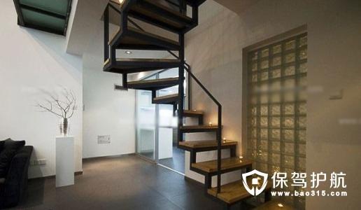 木楼梯装修效果图设计