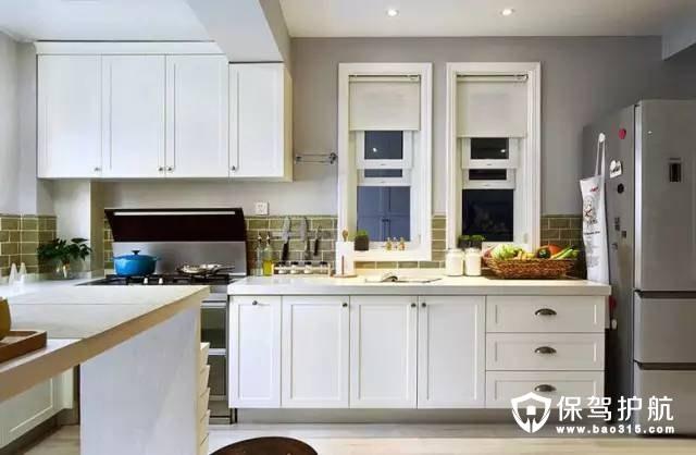 白色北欧风格开放式厨房装修效果图
