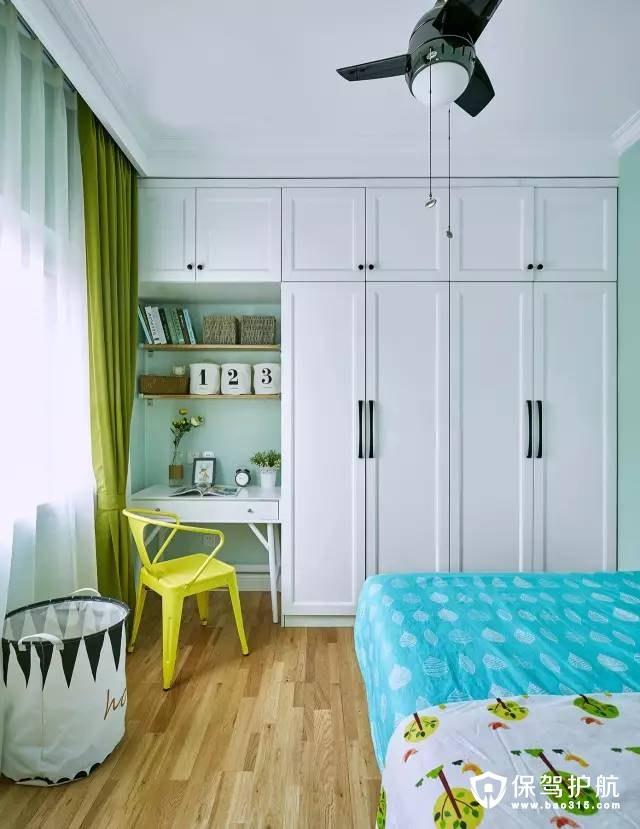 北欧儿童房定制衣柜和书桌装修效果图