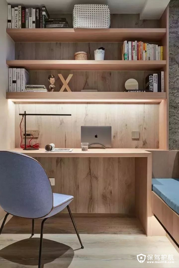 自然木质感书房书桌装修效果图