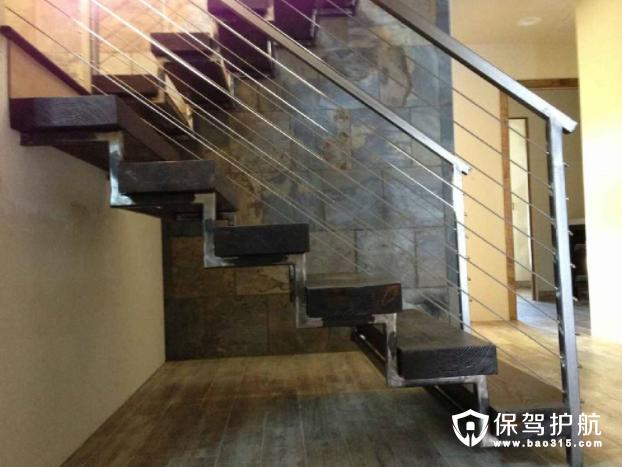 楼梯扶手的三大材质