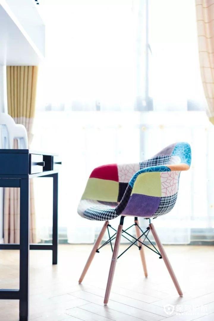 精致舒适北欧风格小椅子
