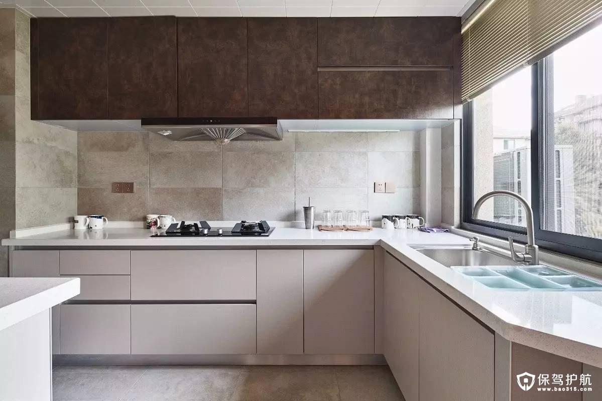 简单清新日式风格厨房装修效果图