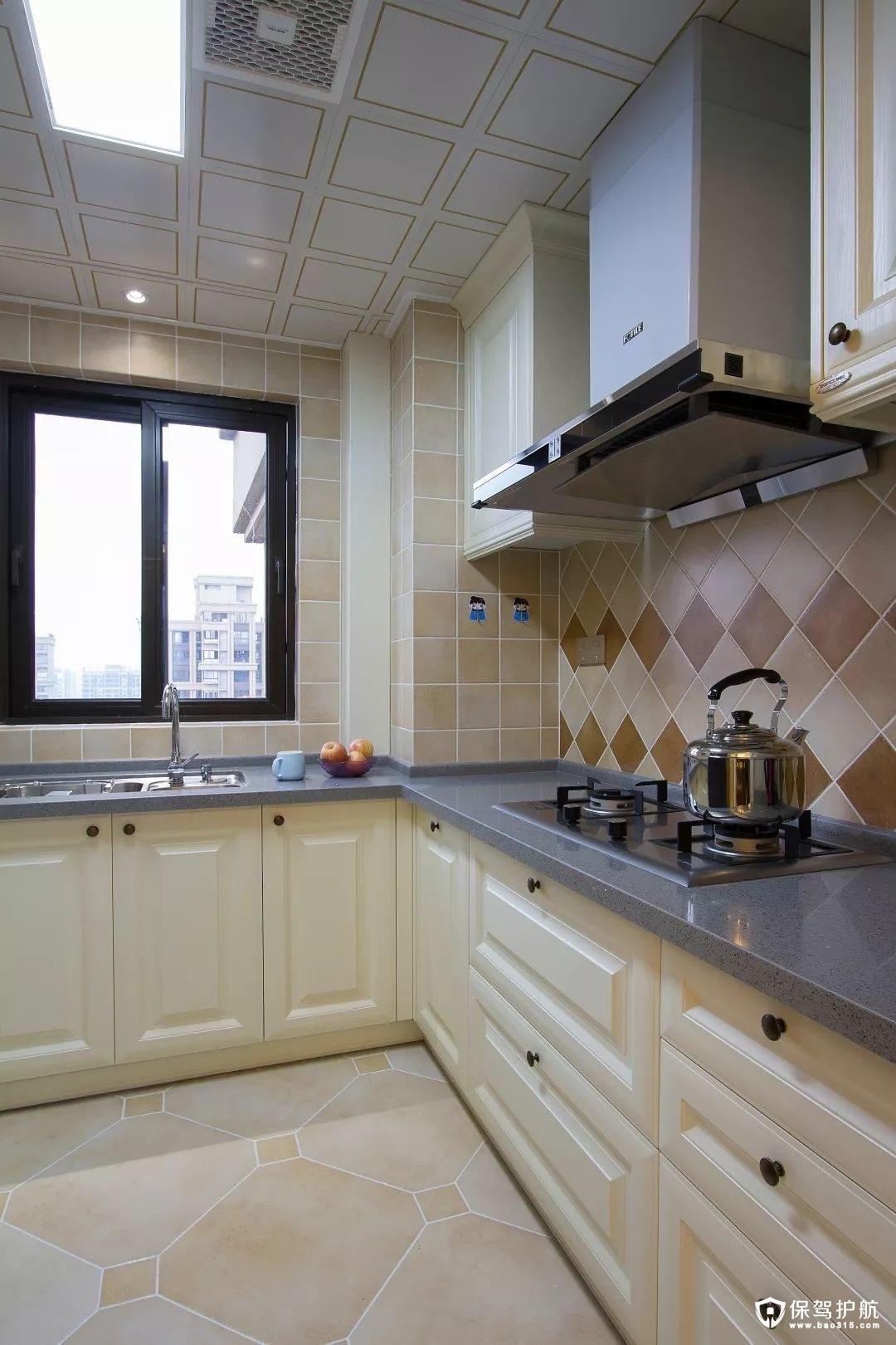 奶咖色美式风格厨房装修效果图