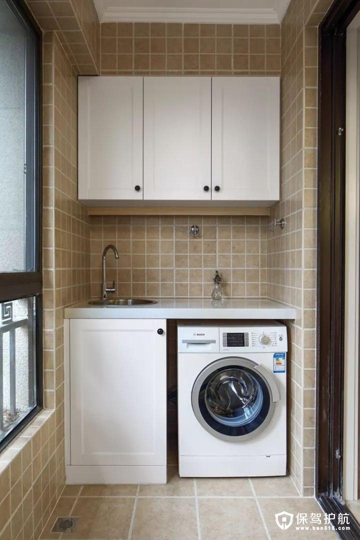 美式风格阳台洗手台和收纳柜装修效果图