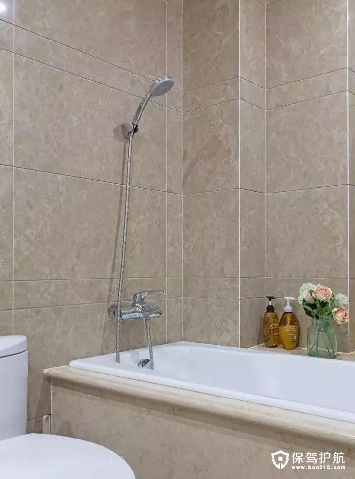 简约美式风格卫浴室