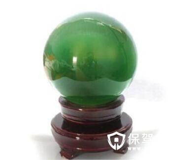 绿水晶摆件