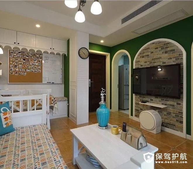 美式风格客厅电视背景墙、文化砖墙、电视柜、壁挂电视机