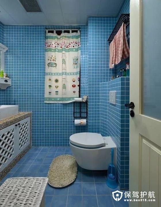 美式风格蓝色浴室墙面隔层摆台
