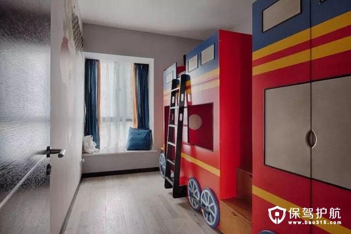 童趣活泼loft风格儿童房衣柜
