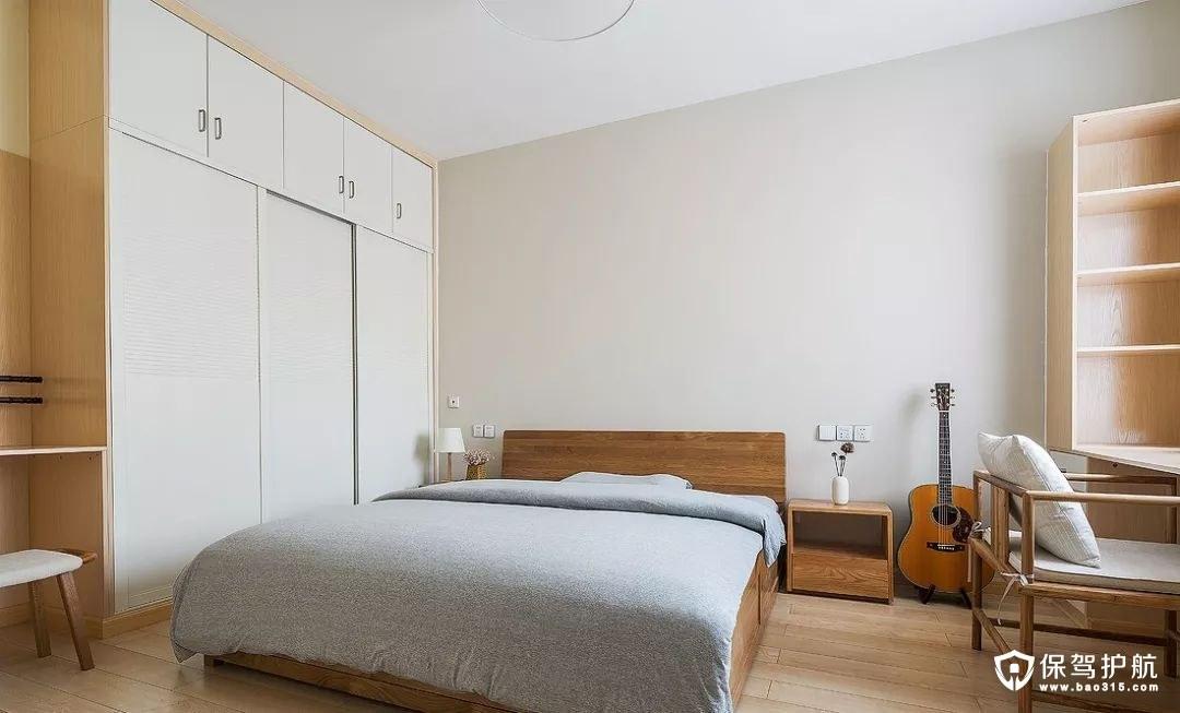 没有多余装饰的质感舒适感卧室