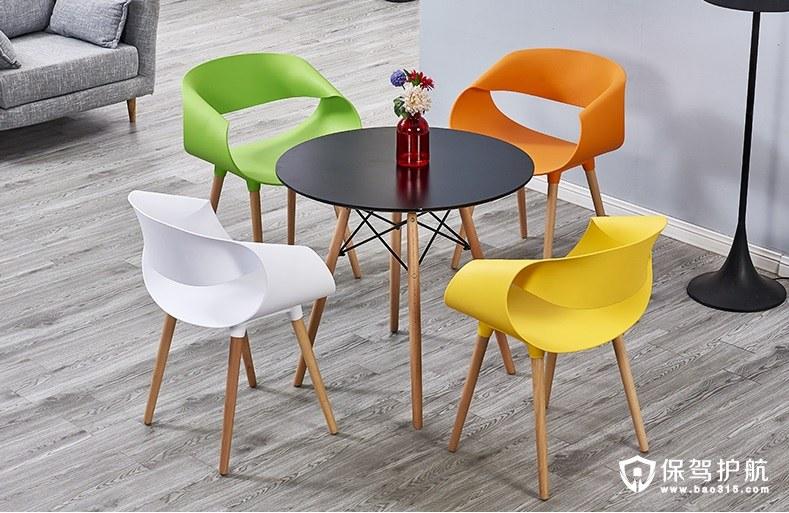 休闲区桌椅组合
