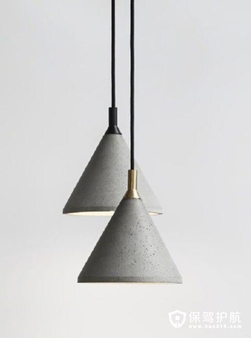 三角锥体灯具