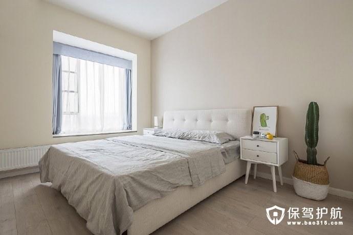 简约风格卧室飘窗、装饰画和绿植