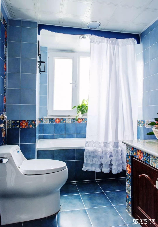 蓝色为主色调的复古风卫浴室