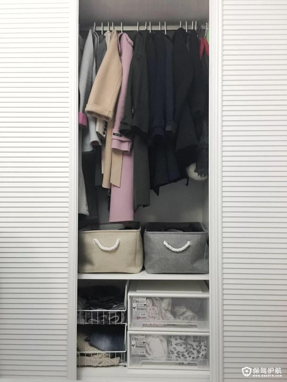 移动百叶门的衣柜设计