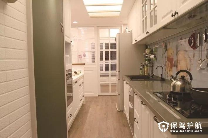 白色田园风格厨房橱柜