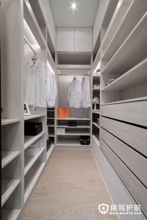 主卧室独立更衣间