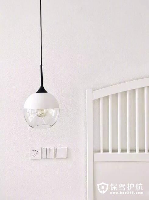 卧室床头灯插座