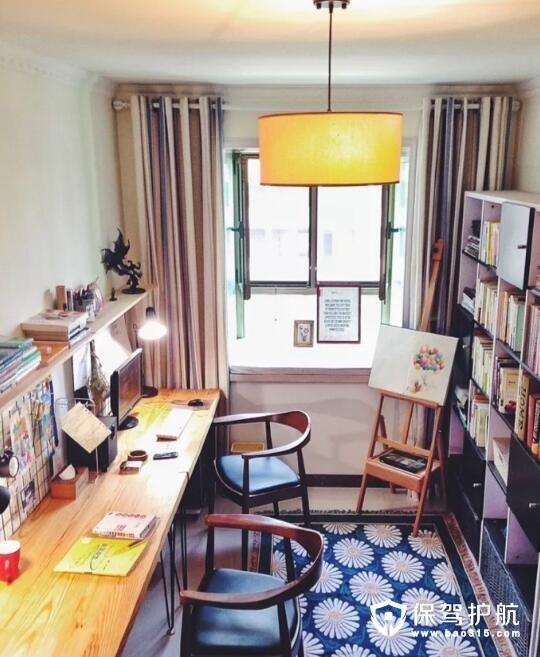 小户型清新书房设计参考 甜蜜色彩搭配散发油墨清香