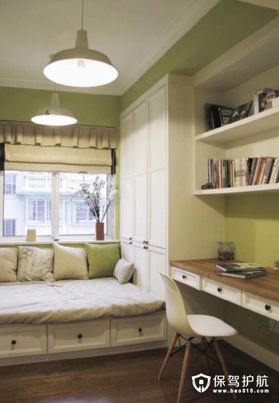 阳光沐浴的书房设计