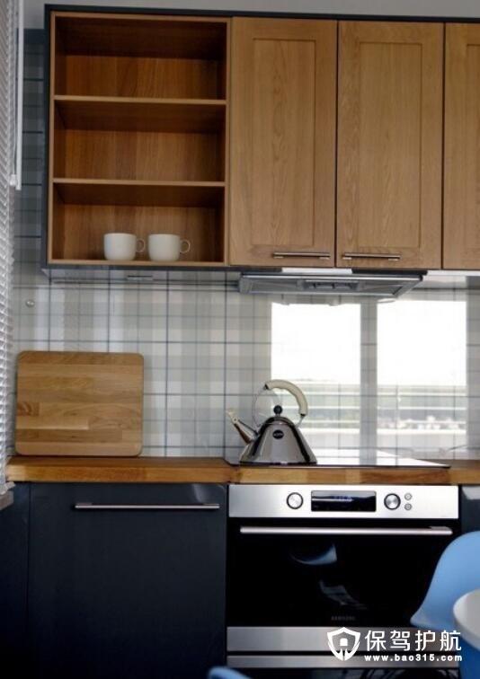 格纹元素复古厨房设计