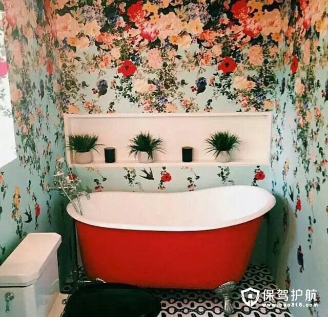卫浴间碎花壁纸设计