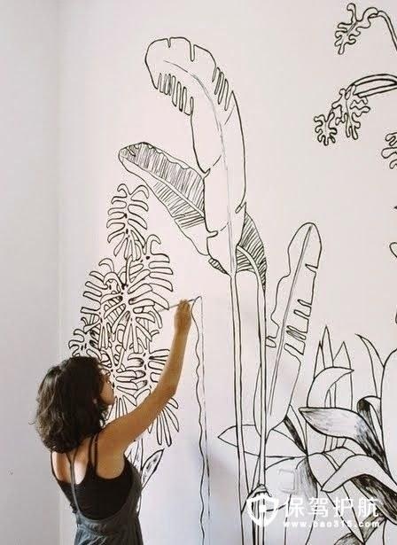 手绘墙画中的花朵元素