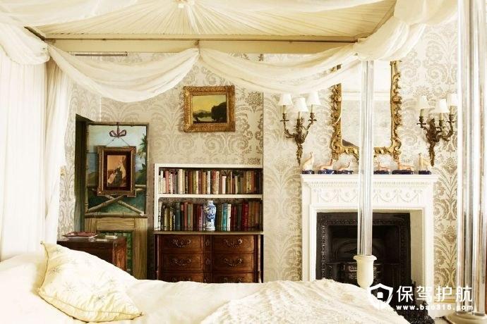 首页 装修攻略  装修风格 复古欧式卧室家居装修图         卧室也是