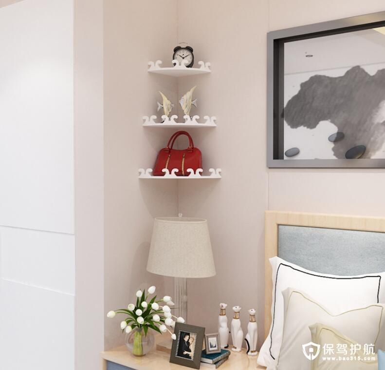 墙角多层不规则横板置物架
