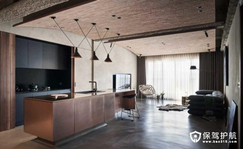 【案例】一间自然接触和纹理的工业风装修的公寓
