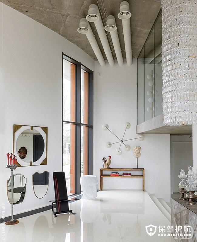 【赏析】充满独特现代艺术的后现代装修风格的公寓!