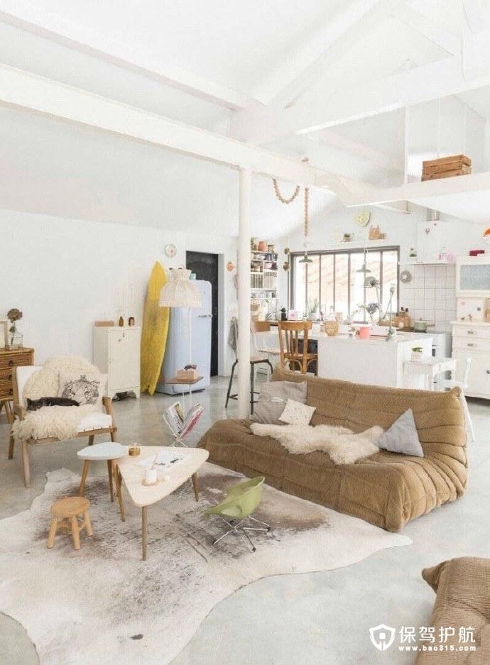 宽敞明亮的北欧木质调的住宅装修设计