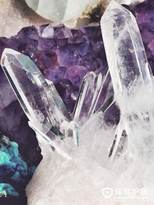 走过历史变迁,去繁从简水晶灯华丽转变,如此美丽!