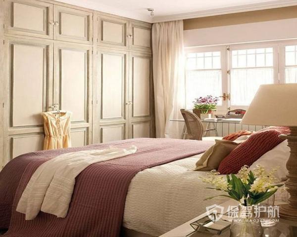 卧室衣柜如何摆放 卧室衣柜摆放技巧