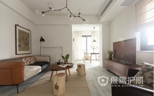 小兩口共筑文藝愛巢,家具均來自二手市場,其效果讓朋友紛紛點贊