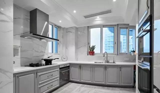 装修公司告诉你厨房装修细节-朗旭装饰