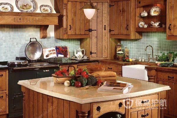 厨房哪种实木橱柜好 厨房实木橱柜效果图解析